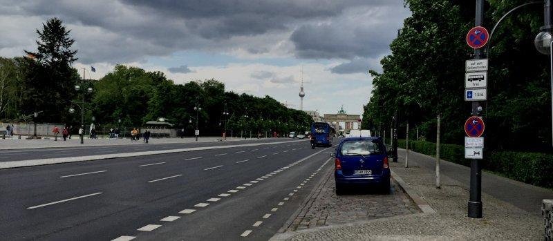 Blvd-to-Brandendburg-Gate-Berline-May-2015